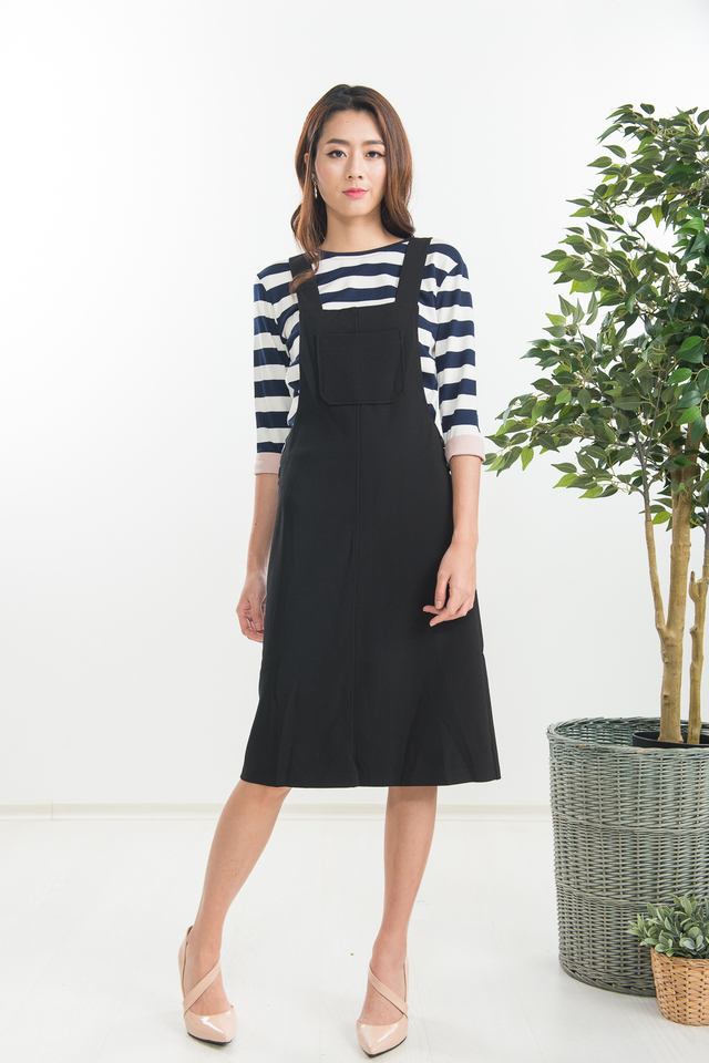 Caitlin Pinafore in Black
