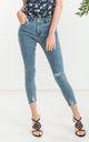 Donn Skinny Jeans in Washed Blue