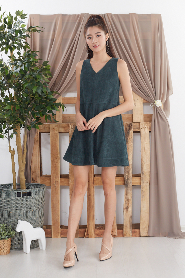 Celyn Suede Dress in Forest Green