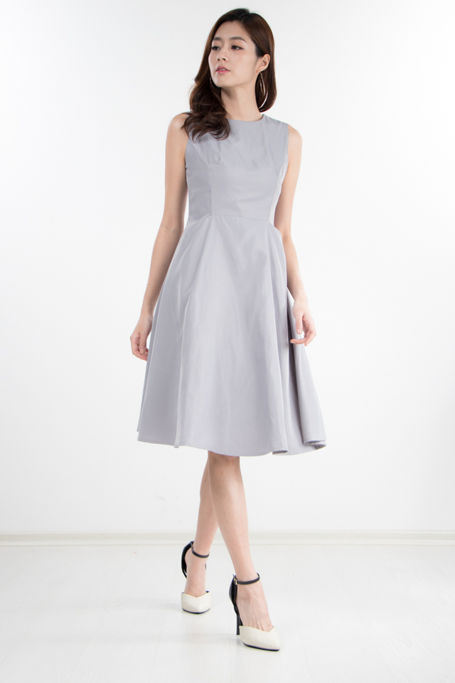 Kane Midi Dress in Grey