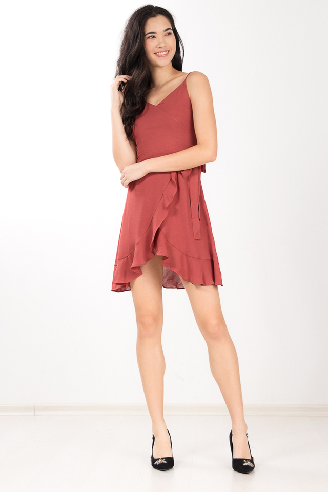 Pelita Ruffled Dress in Chestnut Rose