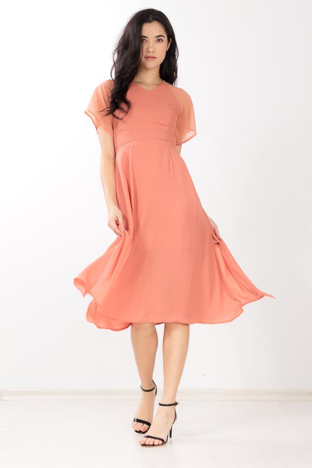 Ylva Midi Dress in Coral