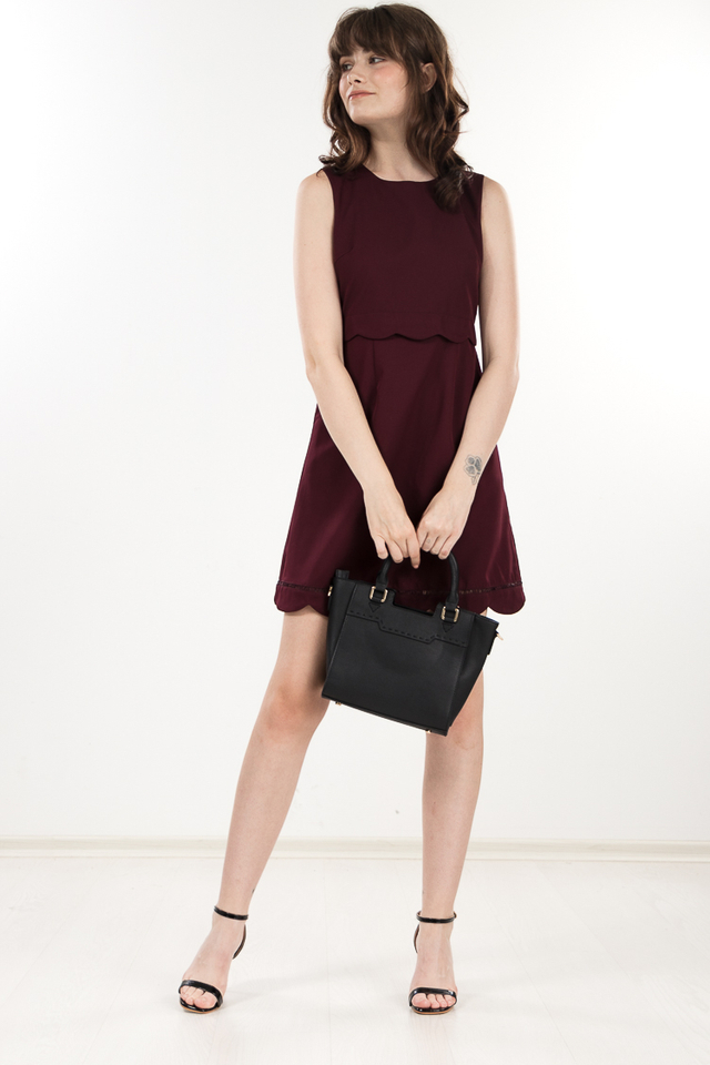 Fenize Scallop Dress in Berry