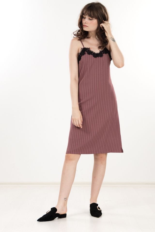 Cloveu Striped Midi Dress in Mauve