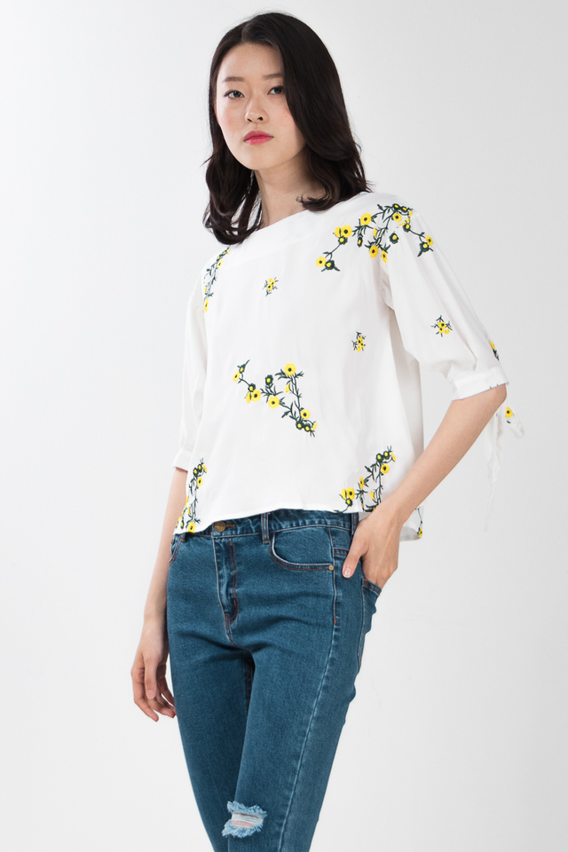Zane Embroidered Top in White