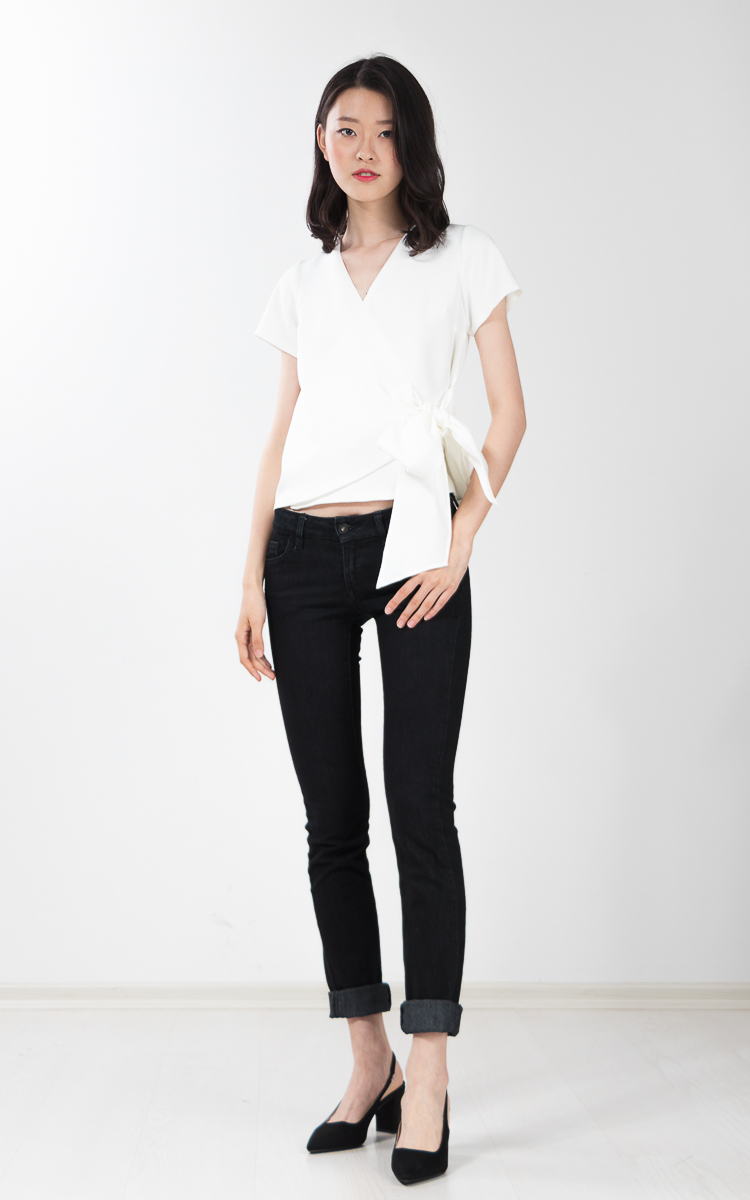 Kadie Bow Top in White