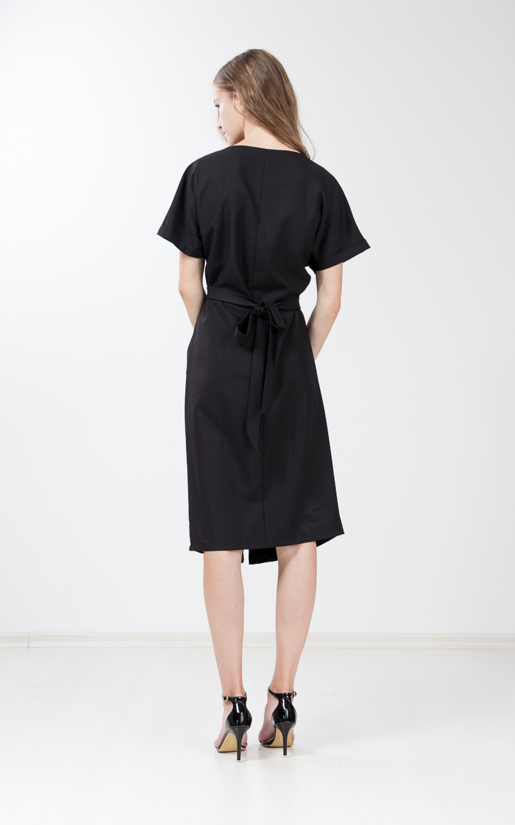 Lilja Shift Dress in Black