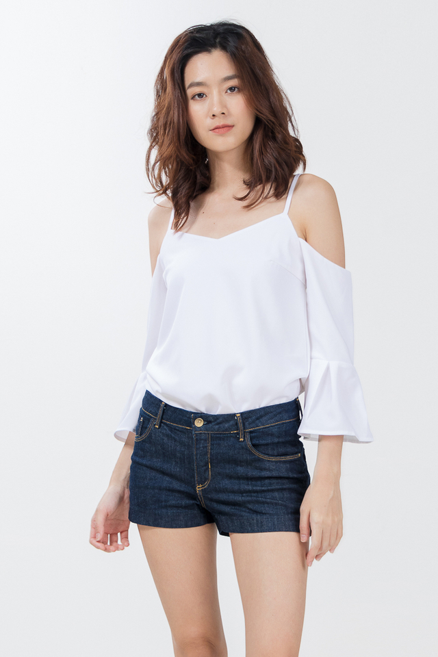 e09cb64117 ... Peigi Drop Shoulder Top in White