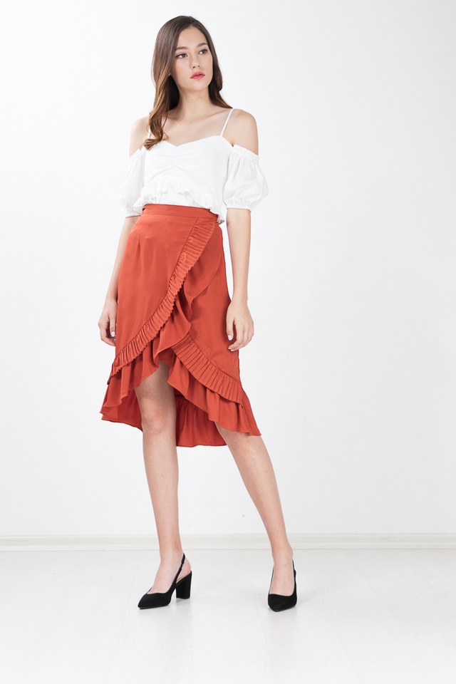 Hampton Pleated Midi Skirt in Pepperoni
