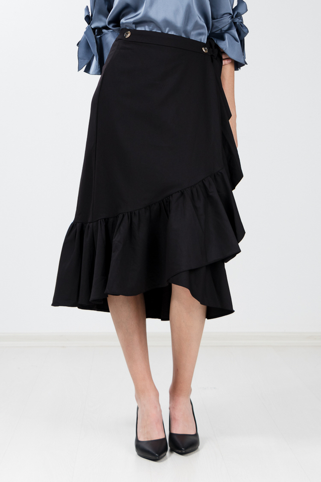 Evah Ruffle Wrap Skirt in Black