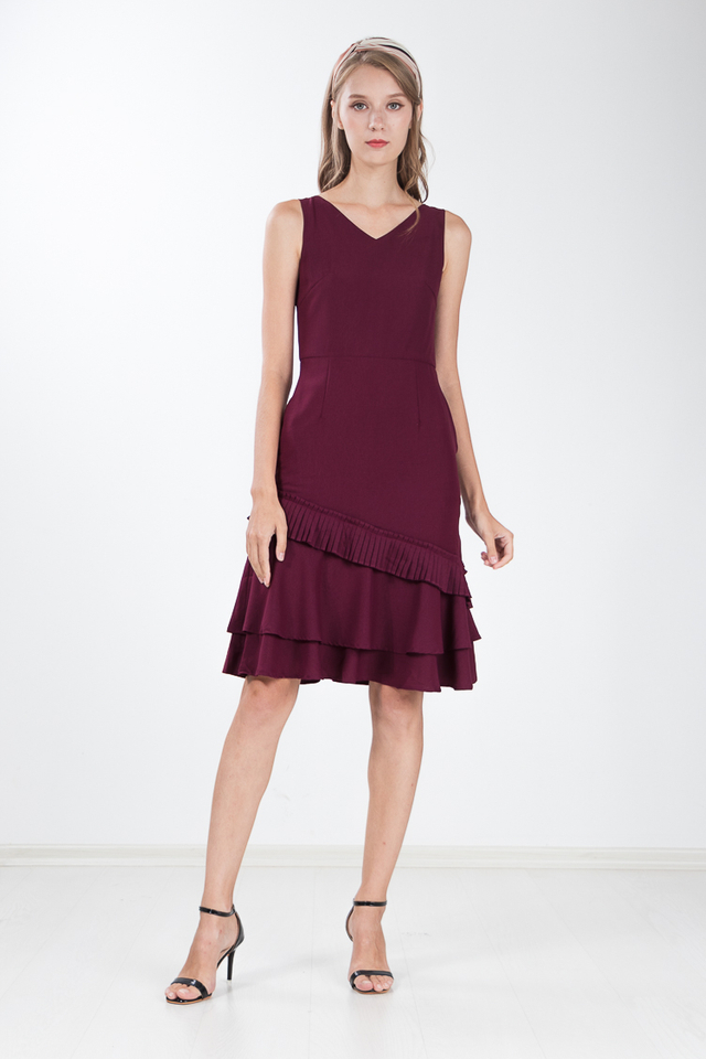 Aliya Tiered Dress in Wine Red