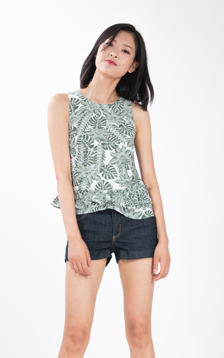 Caera Floral Top in Botanical Prints