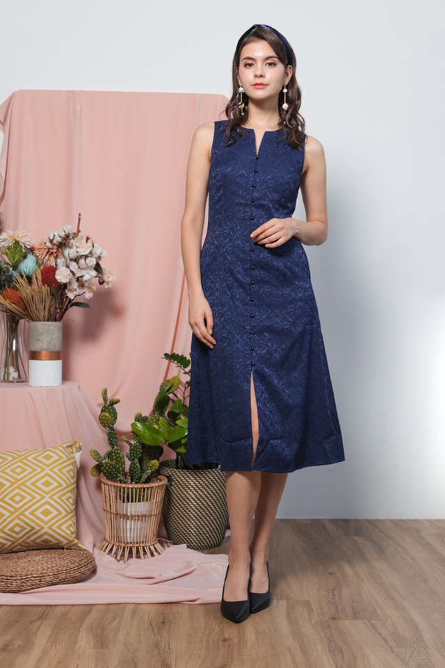 Hanh Emboss Midi Dress in Navy Blue