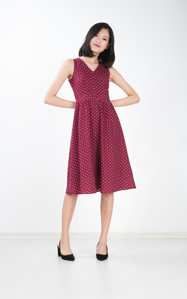 Kludi Dotted Midi Dress in Wine Red